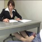 【眞木あずさ】囚人の溜まった性欲を足コキで処理させてあげる!