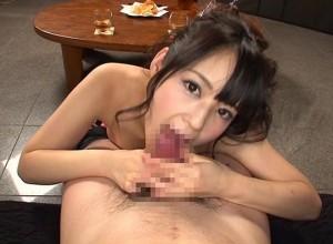 【佳苗るか】酔ったキャバ嬢がお客を痴女り、フェラと手コキで大量射精させる!