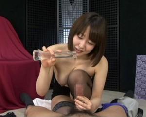 篠田ゆう 優しい愛撫手コキでお漏らしするかのように暴発射精する早漏M男
