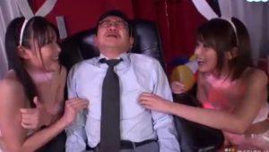 碧しの夏目優希 小悪魔痴女バニーガールのM男イジメと聖水ぶっかけに興奮しすぎて股間は噴火寸前!